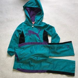 Girls puma tracksuit
